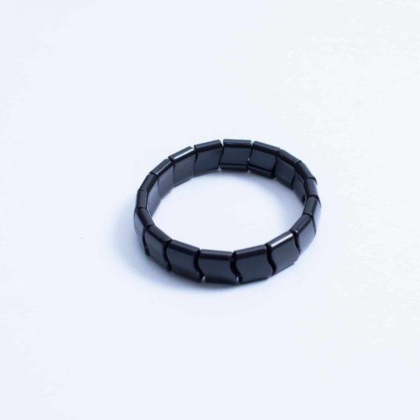Нефритовый браслет